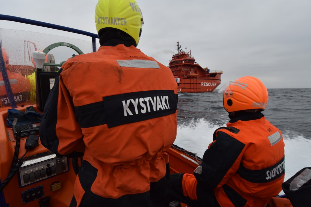 Norwegian Coast Guard ship makes port call to Arkhangelsk