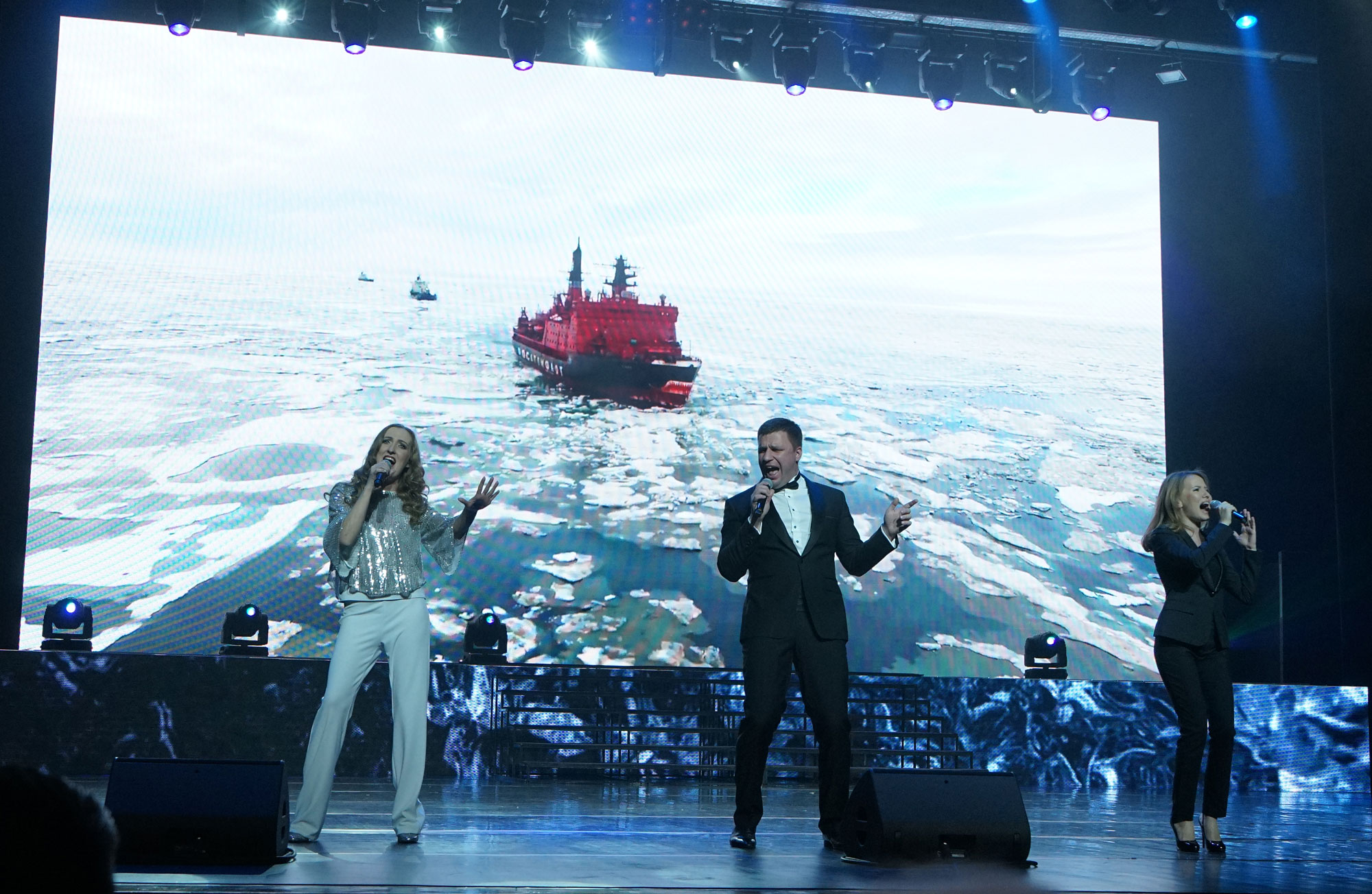 As heat sweeps over the Arctic, Moscow seeks way to adapt