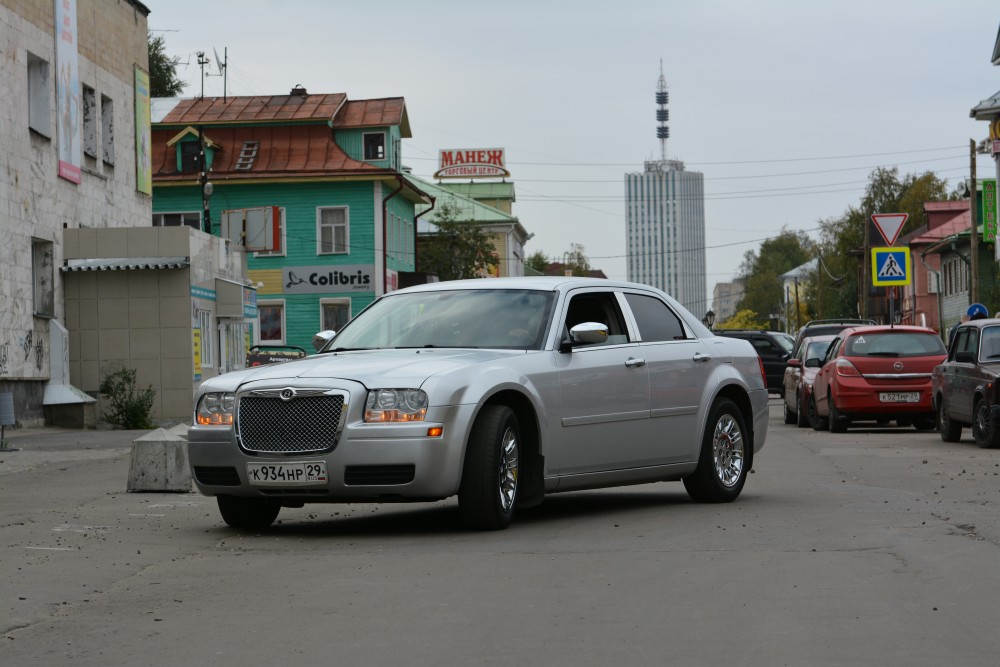 Russian Car Sales Down 36 But Luxury Cars Still Hot The Independent Barents Observer