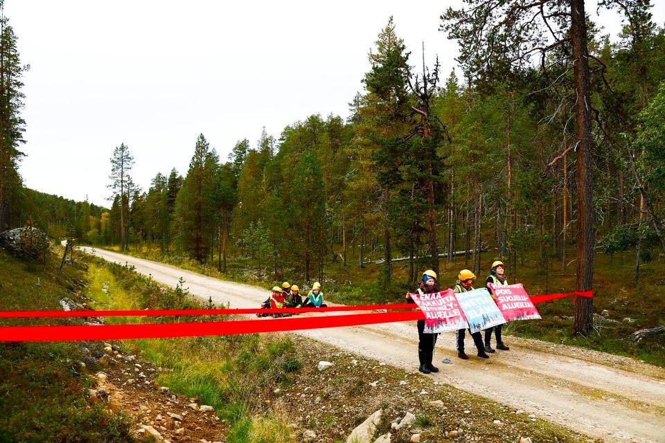 Young Sámi training for non-violent resistance | The ...Non Violent Resistance Training