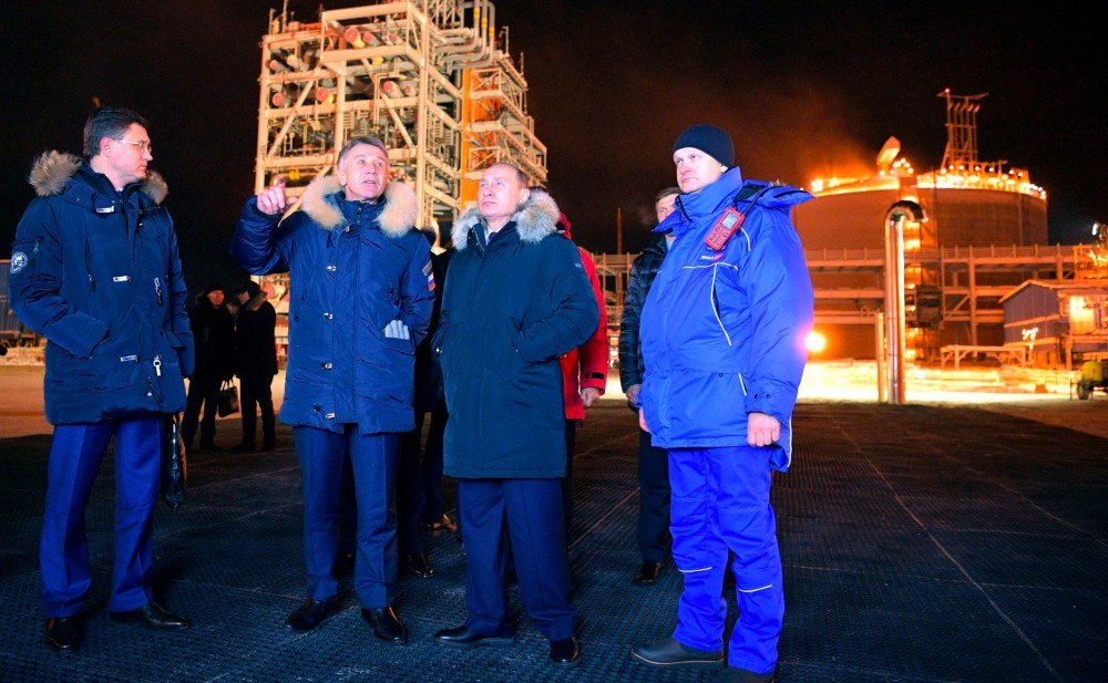 Putin Inaugurates $27 Billion LNG Arctic LNG Plant