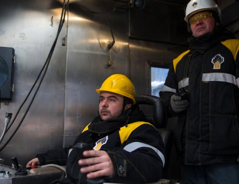 Russian Rosneft opens first oil deposit on Eastern Arctic's shelf