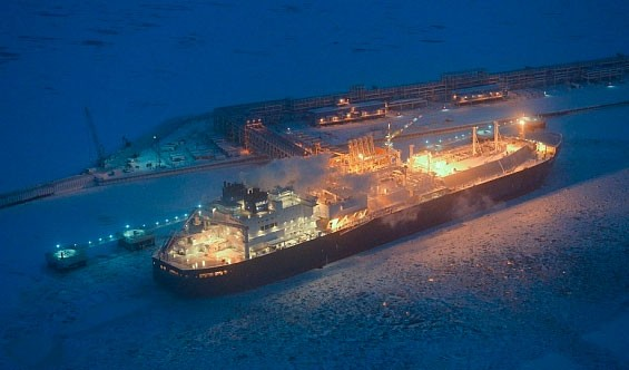 Aiming for boost in Arctic LNG, Novatek builds own shipping
